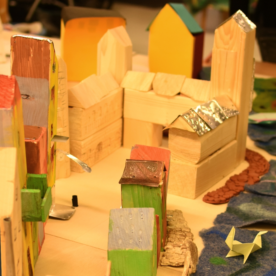 Drei Quadratmeter Güstrow – Unsere alte Stadt aus Holz, Ton, Stoff …